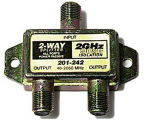 201-242 2GHz 90db 2-Way Splitter DC Pass